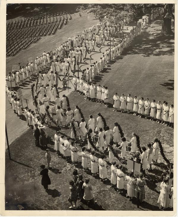 Laurel Chain Procession 1944