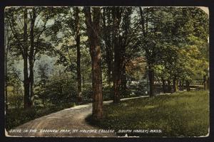 Postcard from Helen to J. Burnette Hallowell '10, with view of drive in Goodnow Park, Prospect Hill