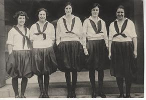 Freshman Indoor Basketball Team, with members of the Class of 1924, March 22, 1921