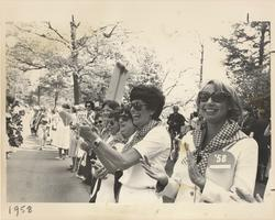 Class of 1958 Watching the Laurel Parade