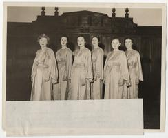 Six members of the Mount Holyoke College Verse Speaking Choir