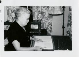Marion Blake late in life, eyes towards her work