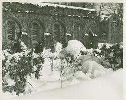 Campus view, winter scene in Chapel Garden next to Abbey Chapel