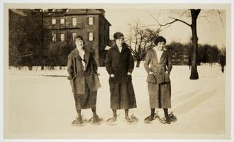 Priscilla Bridgman '24, Elsie Allen x'24, and Catherine Thompson '24 snowshoeing on campus