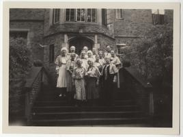 Members of the Class of 1895 on the steps of South Rockefeller Hall