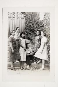 Six international students l-r, Hermine Kossen '41 MA, Francoise Aron '41 MA, Grace Chen '41 MA, Andrea Ungar '43, Cornelia Heyning '42, and Violette Chun x'43