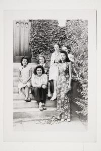 Six international students l-r, Grace Chen '41 MA, Andrea Ungar '43, Hermine Kossen '41 MA, Francoise Aron '41 MA, Cornelia Heyning '42, and Violette Chun x'43