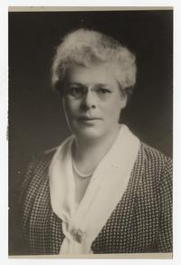 Helene Pope Whitman, Class of 1904 and College Trustee on the Committee of Nine