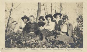 Elisabeth Holmes, Cornelia Clapp, Sylvia Parker, Margaret Earle & Emma Perry Carr on the Bluffs Near South Hadley, 1916