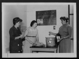 Mexico: Classes YWCA of the U.S.A. photographic records