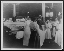 World War I: Women war workers, general and miscellaneous YWCA of the U.S.A. photographic records