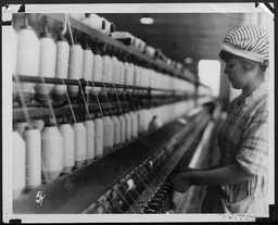 World War I: Women war workers, Virginia cotton mills YWCA of the U.S.A. photographic records