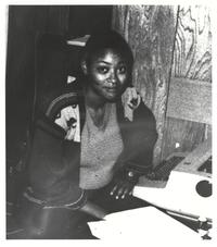 Yulanda Ward with typewriter